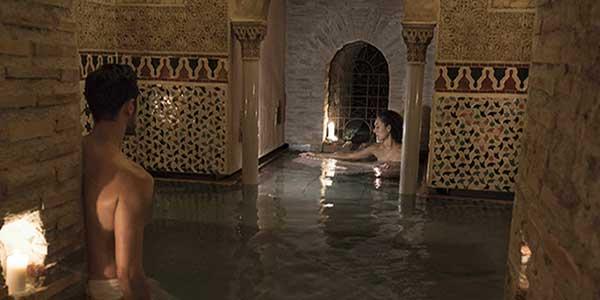 Baños Arabe De Granada:Relájate en un hammam tradicional a los pies de la Alhambra